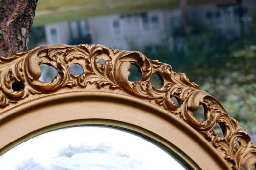 gold mirror closeup