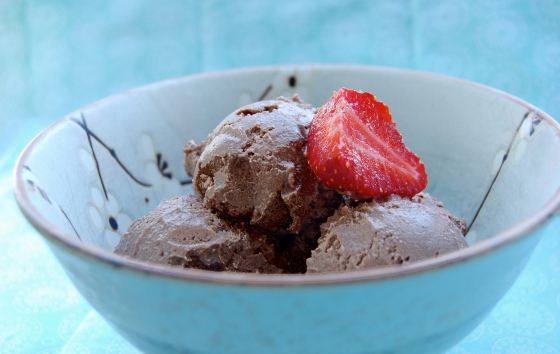chocolate hazelnut icecream (healthy, vegan)